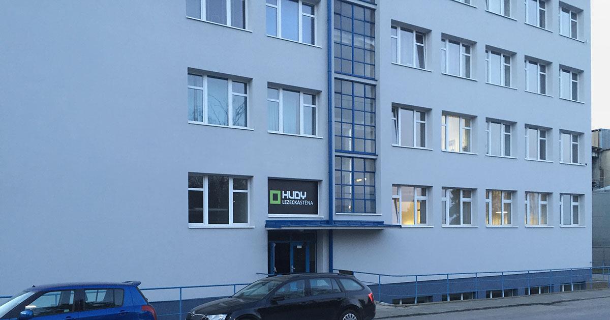 Lezecká stěna Hudy, Brno, ulice Vídeňská